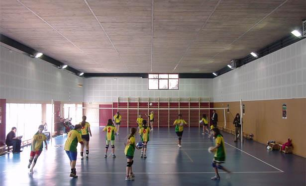 Extension and sports hall at Josep Pla School, Barcelona