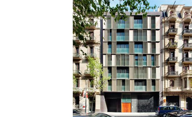 Housing at Proven�astreet, Barcelona